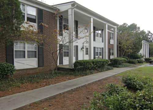 Leeds Gate   Colonial Village Apartments For Rent | Savannah, GA | Rent.com®