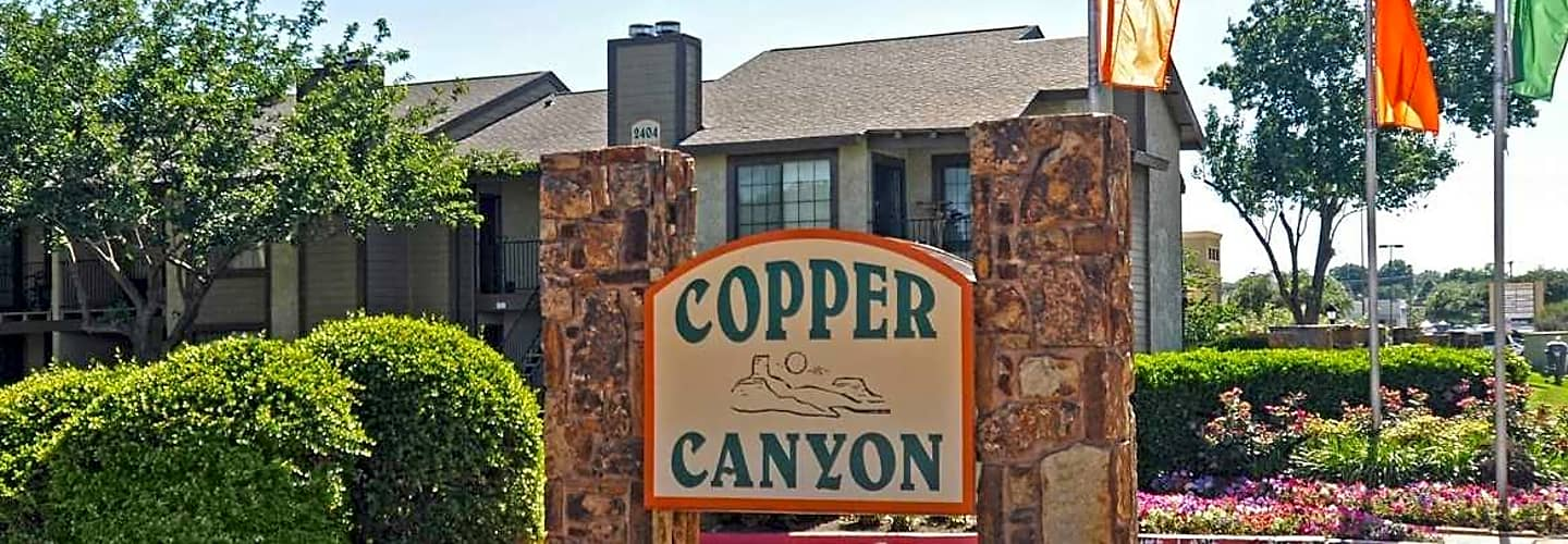 the copper canyon apartments life