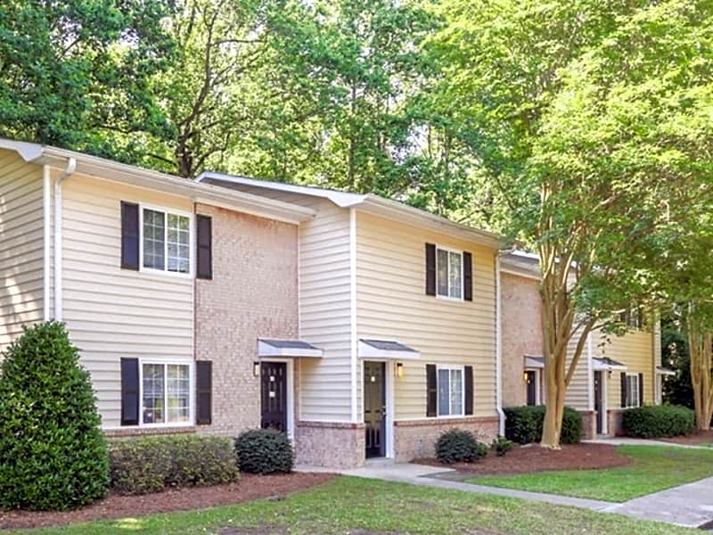 Welcome to Signature Place Apartments in Greenville NC