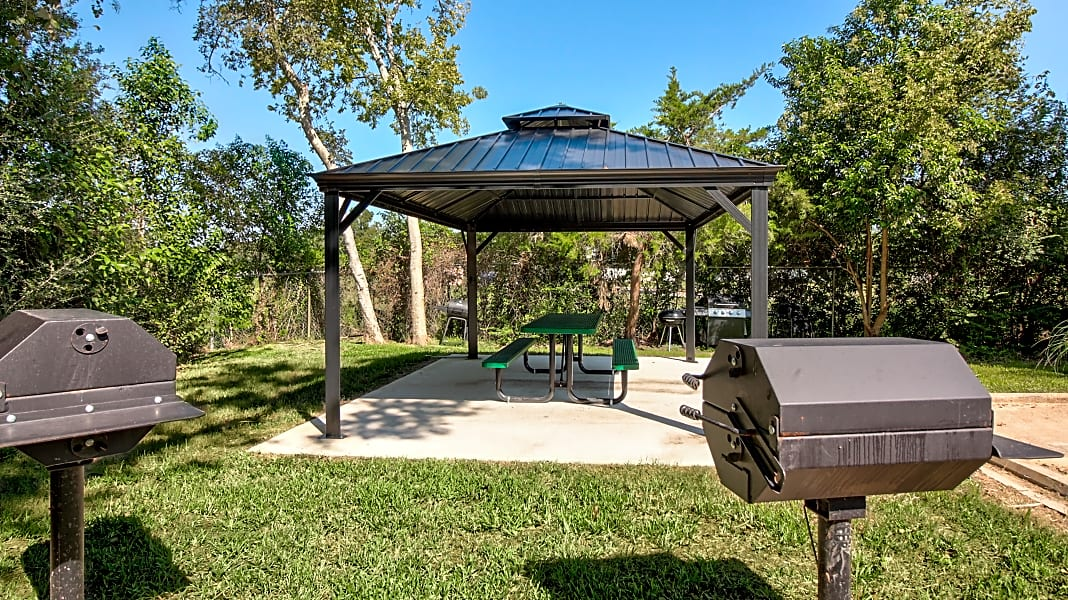 Covered barbecue area
