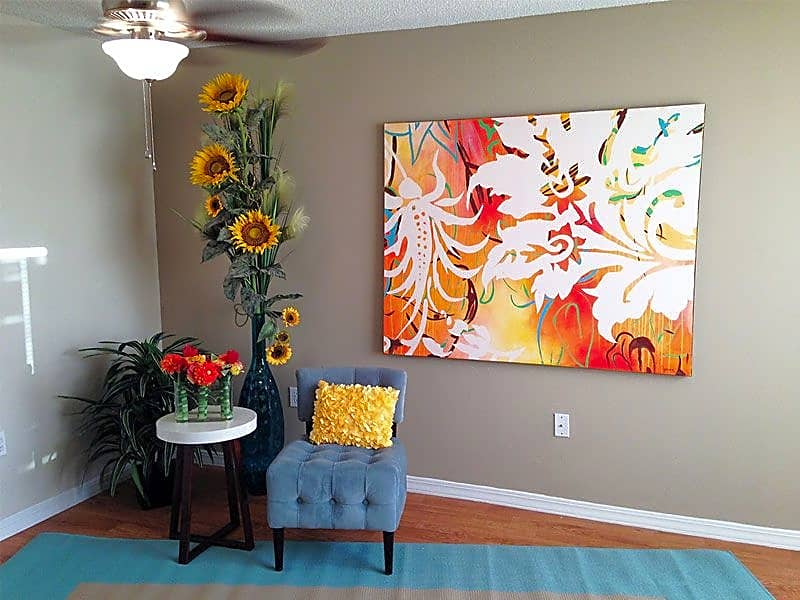 Beautiful two-tone designer color paint and new ceiling fans in each room!