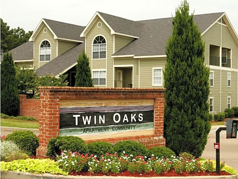 Welcome to Twin Oaks Apartments!