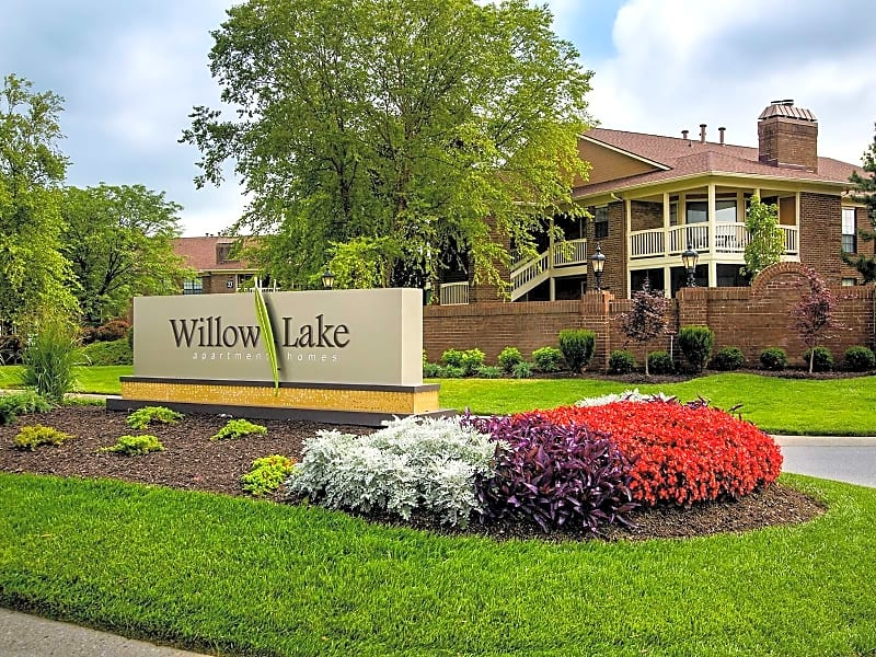 Welcome home to Willow Lake!