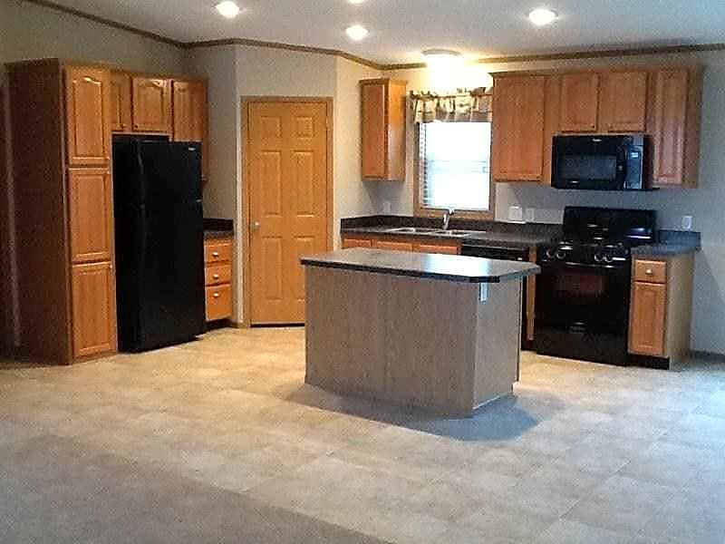 3 Bed Single Family- Kitchen