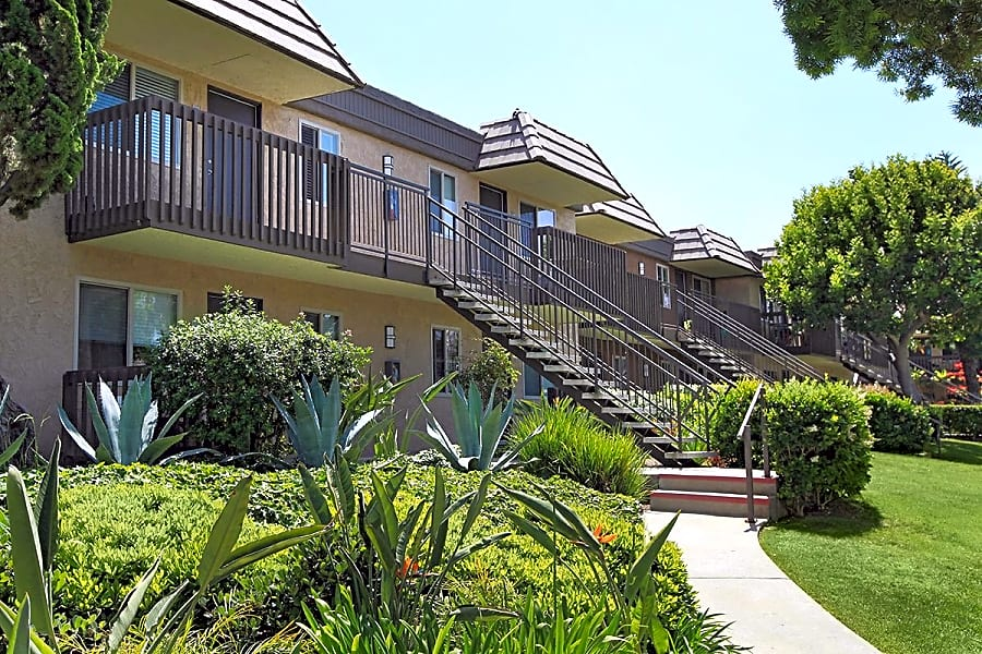 Apartments in Carlsbad, CA