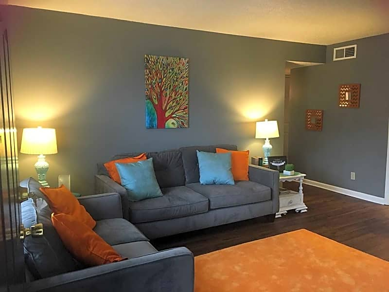 1bed Large 577sq.ft living room
