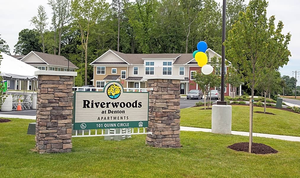 Welcome Home to Riverwoods at Denton!