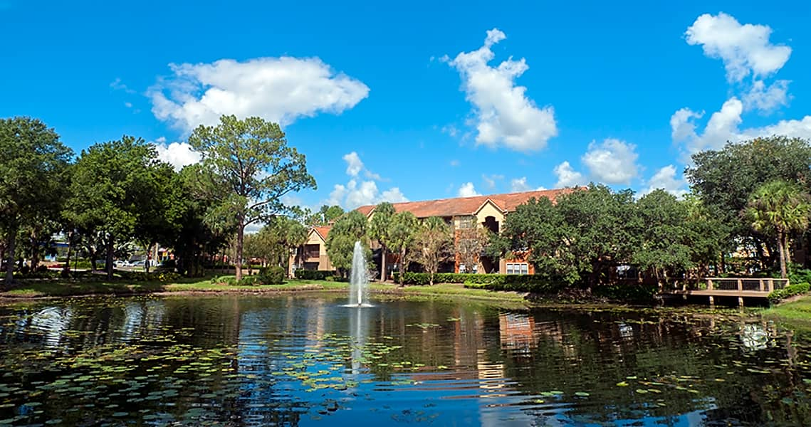 1, 2 & 3-Bedroom Apartments Just Minutes from Disney