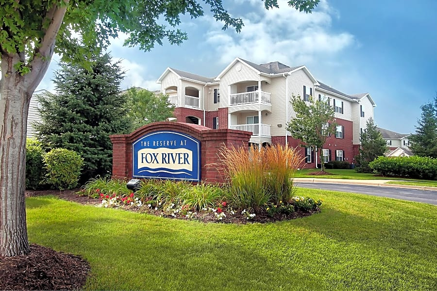 Welcome To The Reserve at Fox River Apartment Homes!