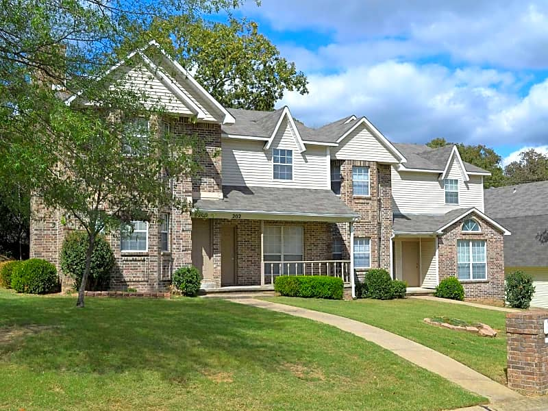Beautiful Townhomes At Apple Valley