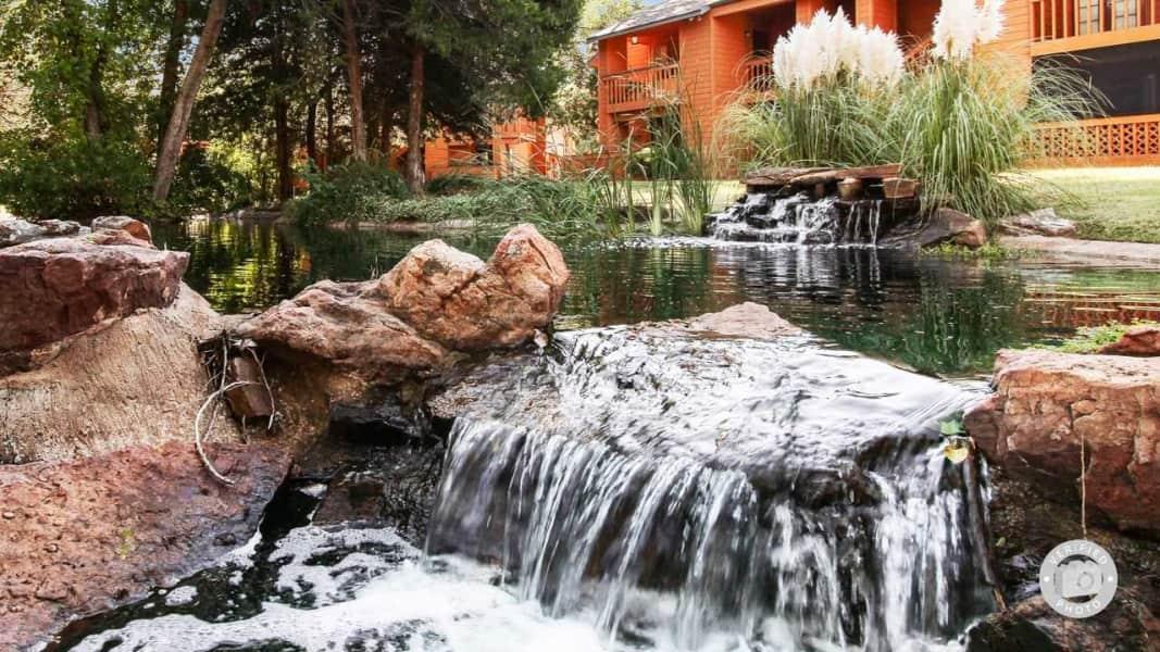 Exterior-Pond