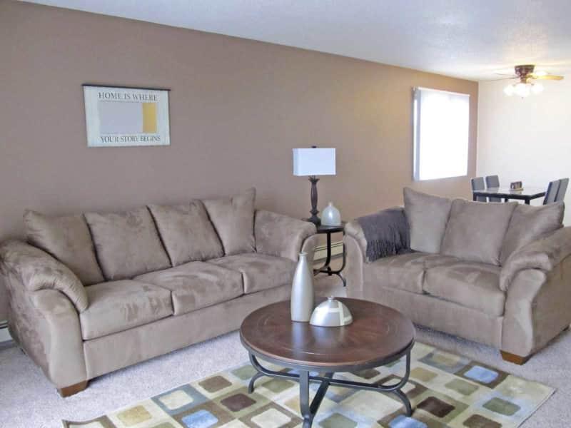 Chestnut Ridge Living Room