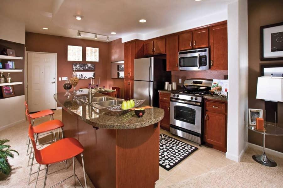 Cascade Island Kitchen