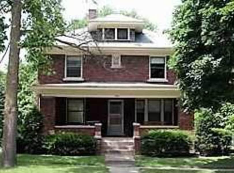 PFEFFER HOUSES - HOMES  $1000-$1800 / MONTH