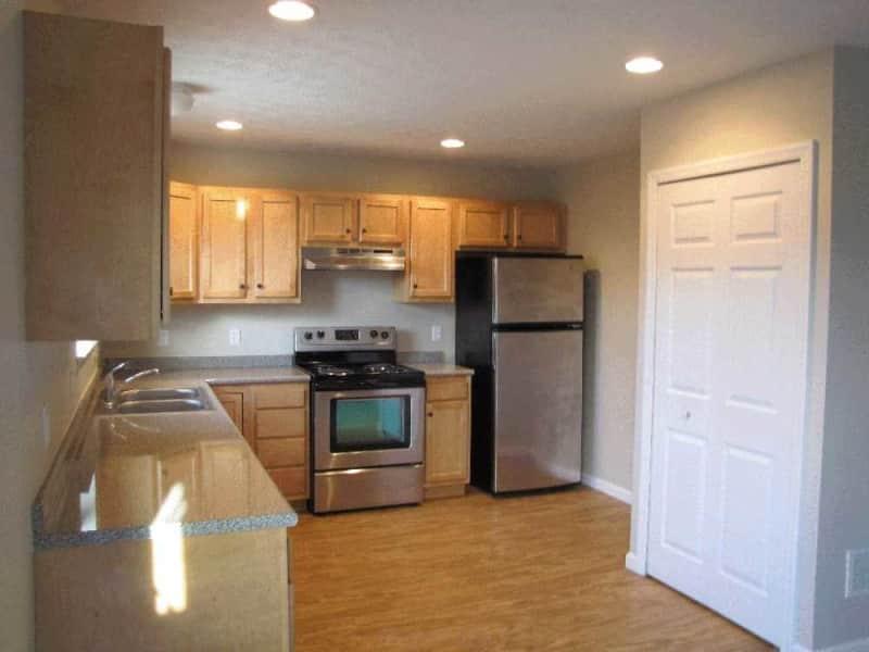 3 Bedroom Townhom Kitchen