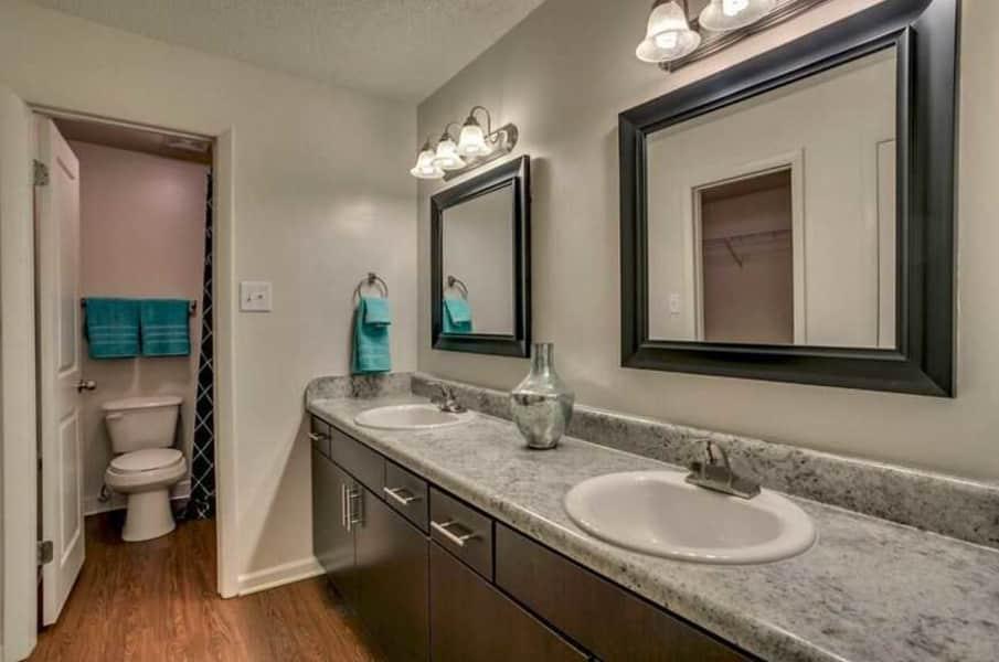 2 bedroom w/den ? master bathroom