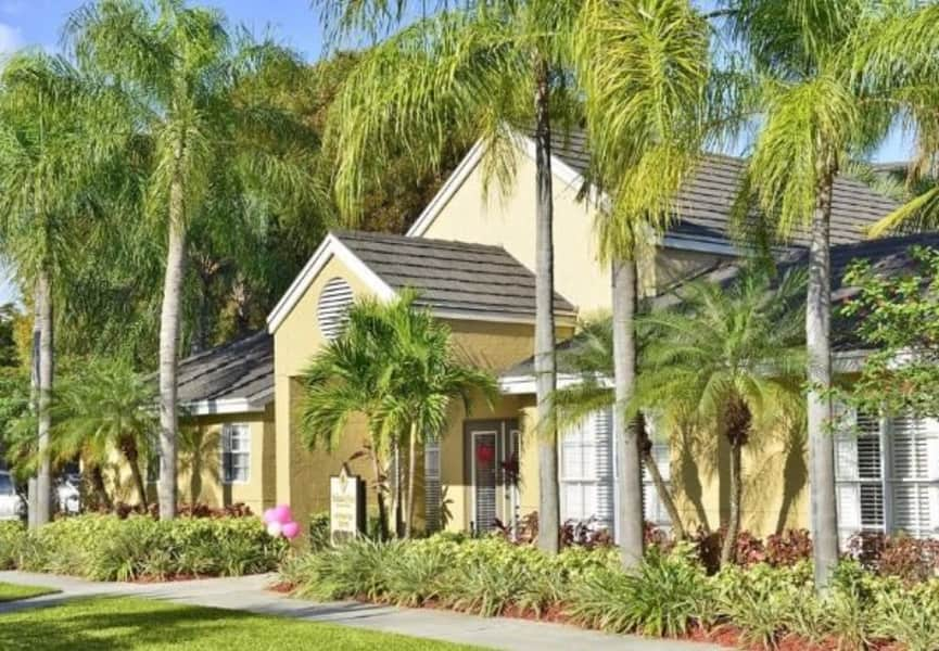 Palmetto-Place-Clubhouse