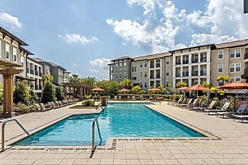 Spacious Swimming Pool with Sundeck - Talison Row Apartments