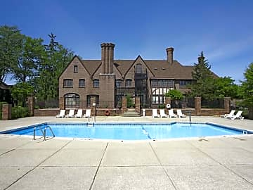 4 Bedroom Houses Apartments Condos For Rent In Portage Mi