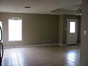 Living & Dining Room Areas