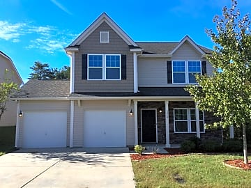 3 Bedroom Houses Apartments Condos For Rent In Midland Nc