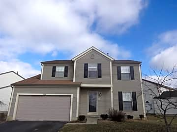 4 Bedroom Houses Apartments Condos For Rent In Whitehall Oh