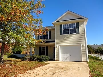 2 Bedroom Houses Apartments Condos For Rent In Spartanburg Sc