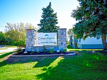 Welcome To Crown Pointe Apartments In Holland, MI
