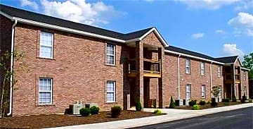 pacific-village-apartments-pacific-mo-building-photo.jpg