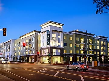 Close to downtown LA and Pasadena, minutes from I-10 and 710