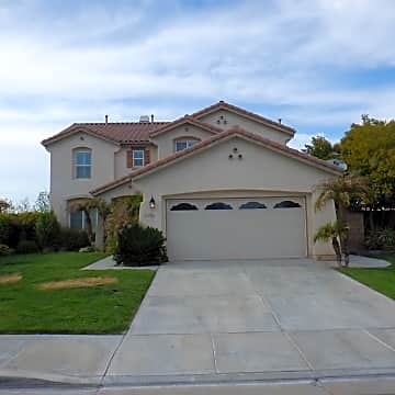 Enjoyable 3 Bedroom Houses Apartments Condos For Rent In Menifee Ca Beutiful Home Inspiration Semekurdistantinfo