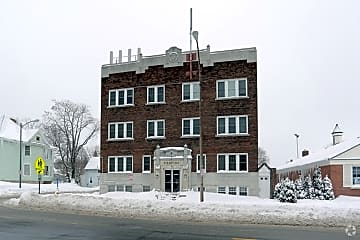 the-pierpont-rochester-ny-building-photo.jpg