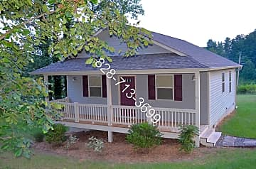 15 Cottage Creek Front.jpg