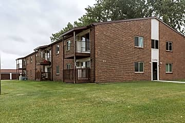 Barrette Arms Apartments - Crookston, MN