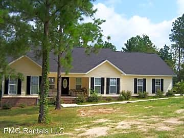 2 Bedroom Houses Apartments Condos For Rent In Statesboro Ga