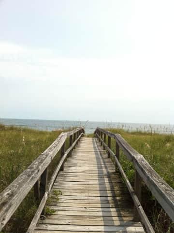 deck to beach.jpg