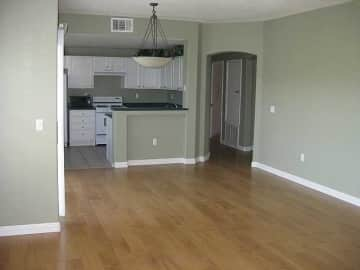 townhouses and condos for rent in las vegas nv