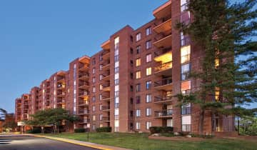 Our high-rise apartment community allows easy access to major highways