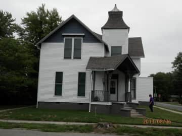 803 Chestnut St.