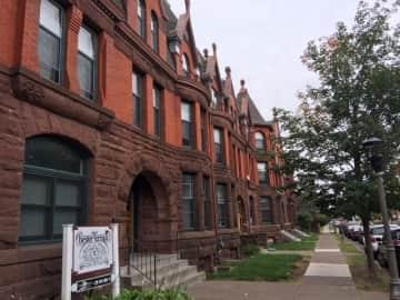 1212 E 1st Street