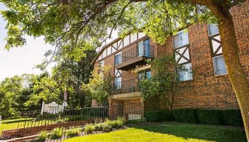 Located in the Root River area, enjoy gorgeous scenery at Alpine Court