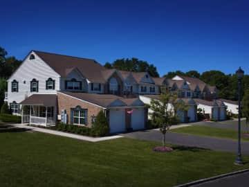 Fairfield Knolls Resort Style Luxury Townhouse Rentals