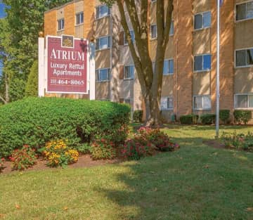 2 bedroom houses apartments condos for rent in northeast