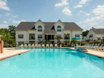 Resort Style Salt Water Pool
