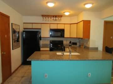 Kitchen (640x476) - Copy.jpg