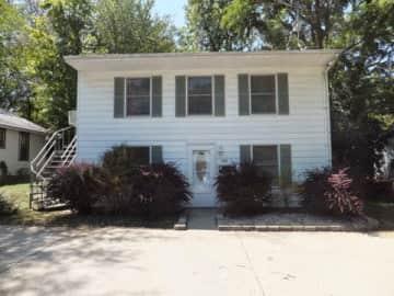 108-S-Clark-Street-Rental-Home-Bloomington1.jpg