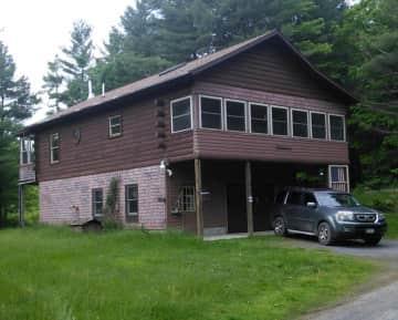 Lodge 2x1.jpg