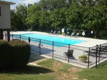 Refreshing pool