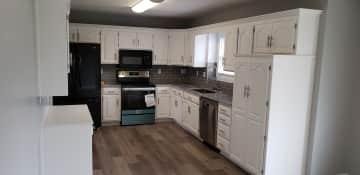1036 19 kitchen 1.jpg