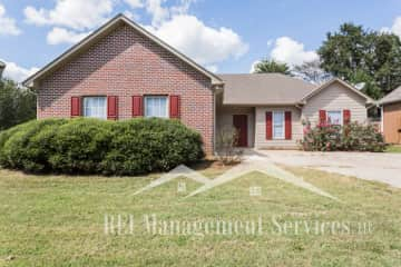 2 Bedroom Houses Apartments Condos For Rent In Alabaster Al